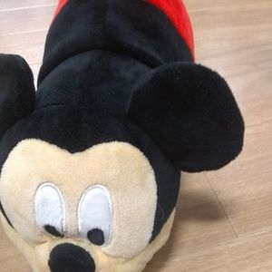 Mickey mouse flip a zoo